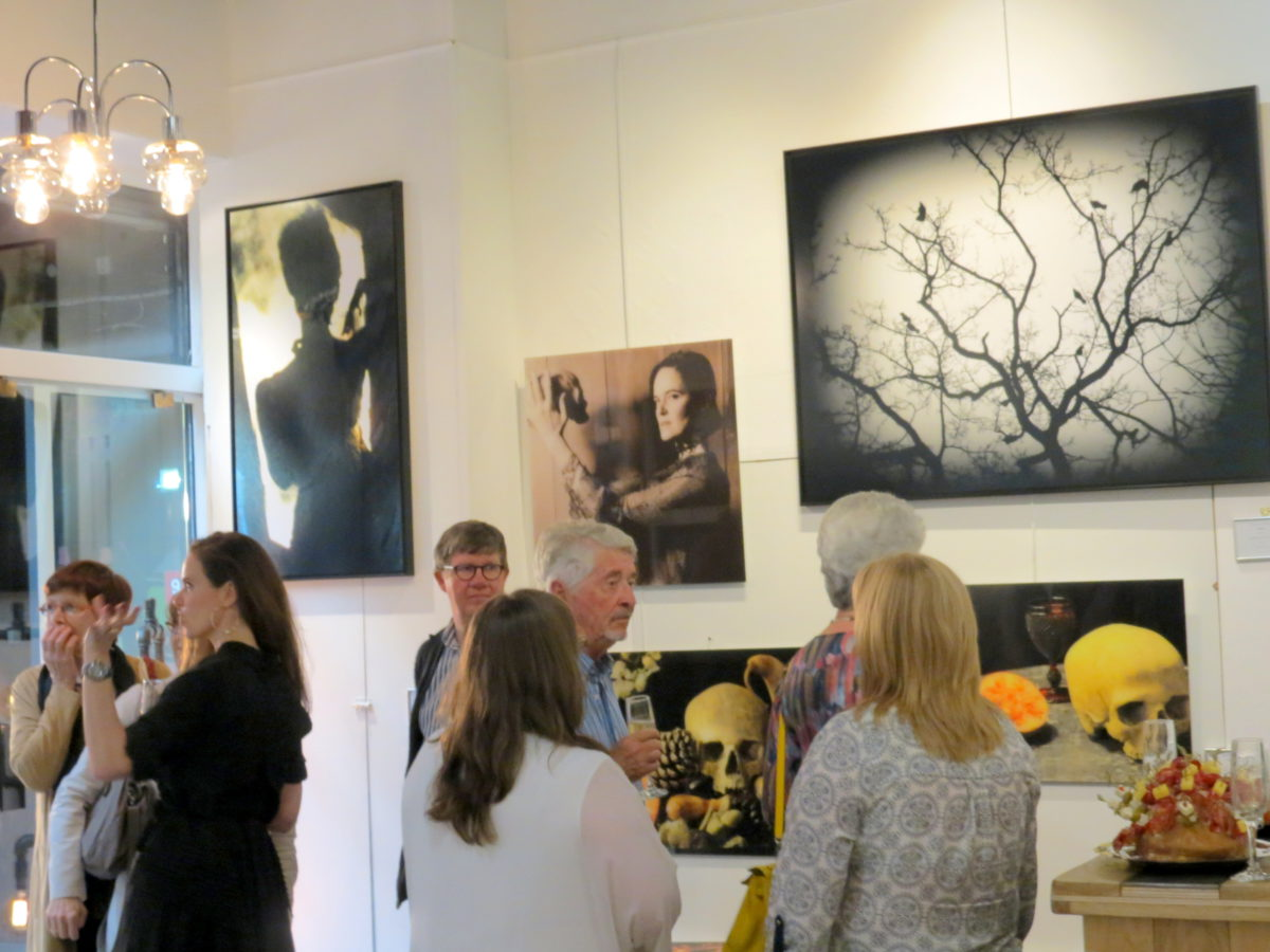 Vernissage By Emmanuelle Prosper - Artiste Photographe Contemporain